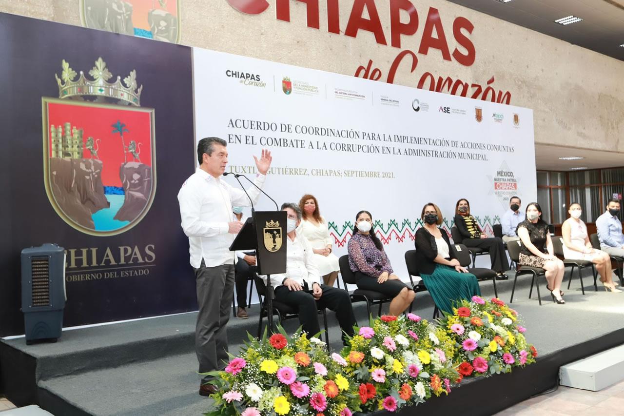 Convoca Rutilio Escandón a alcaldesas y alcaldes electos a trabajar con transparencia y honestidad